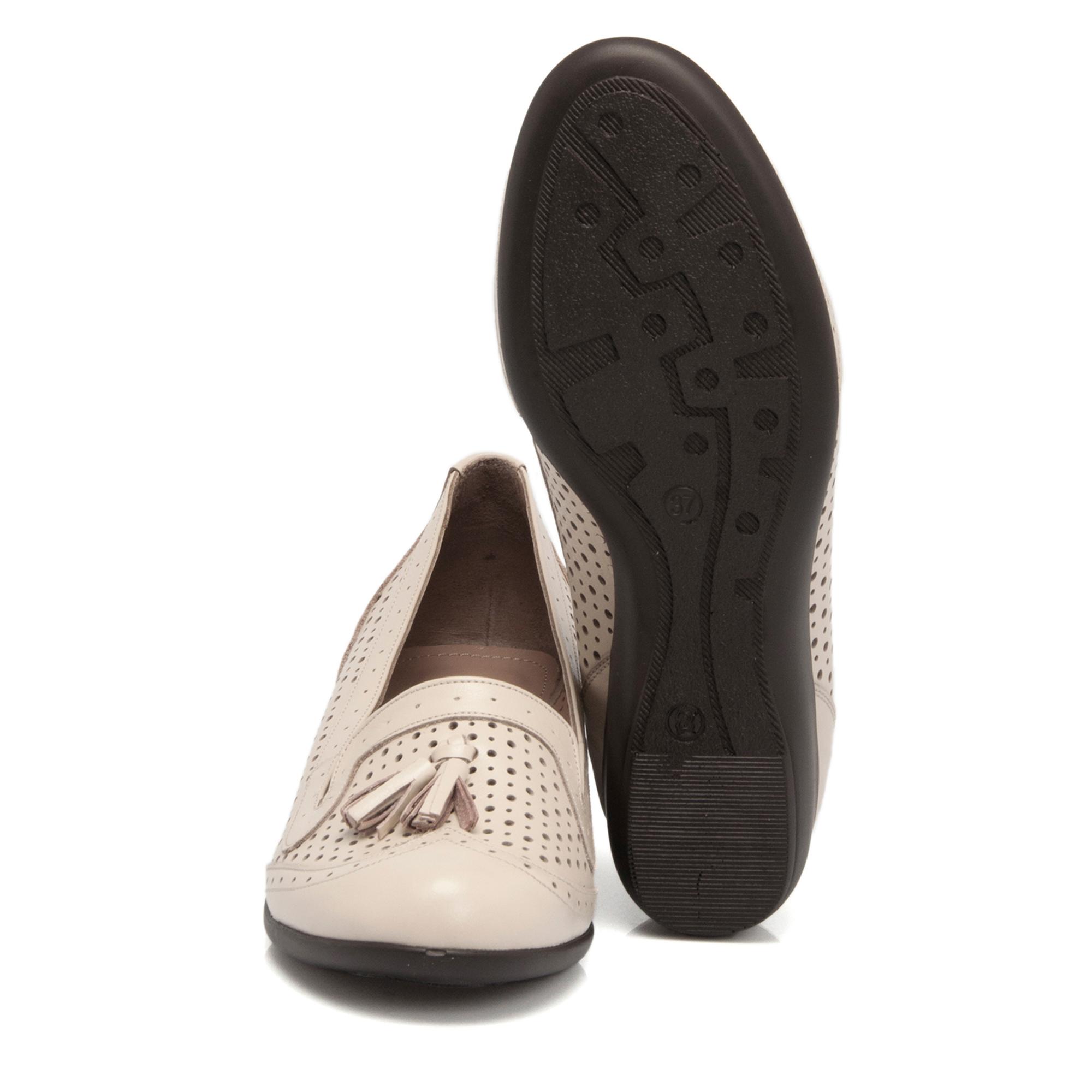 Bej Deri Kadın Ayakkabı 64202A25