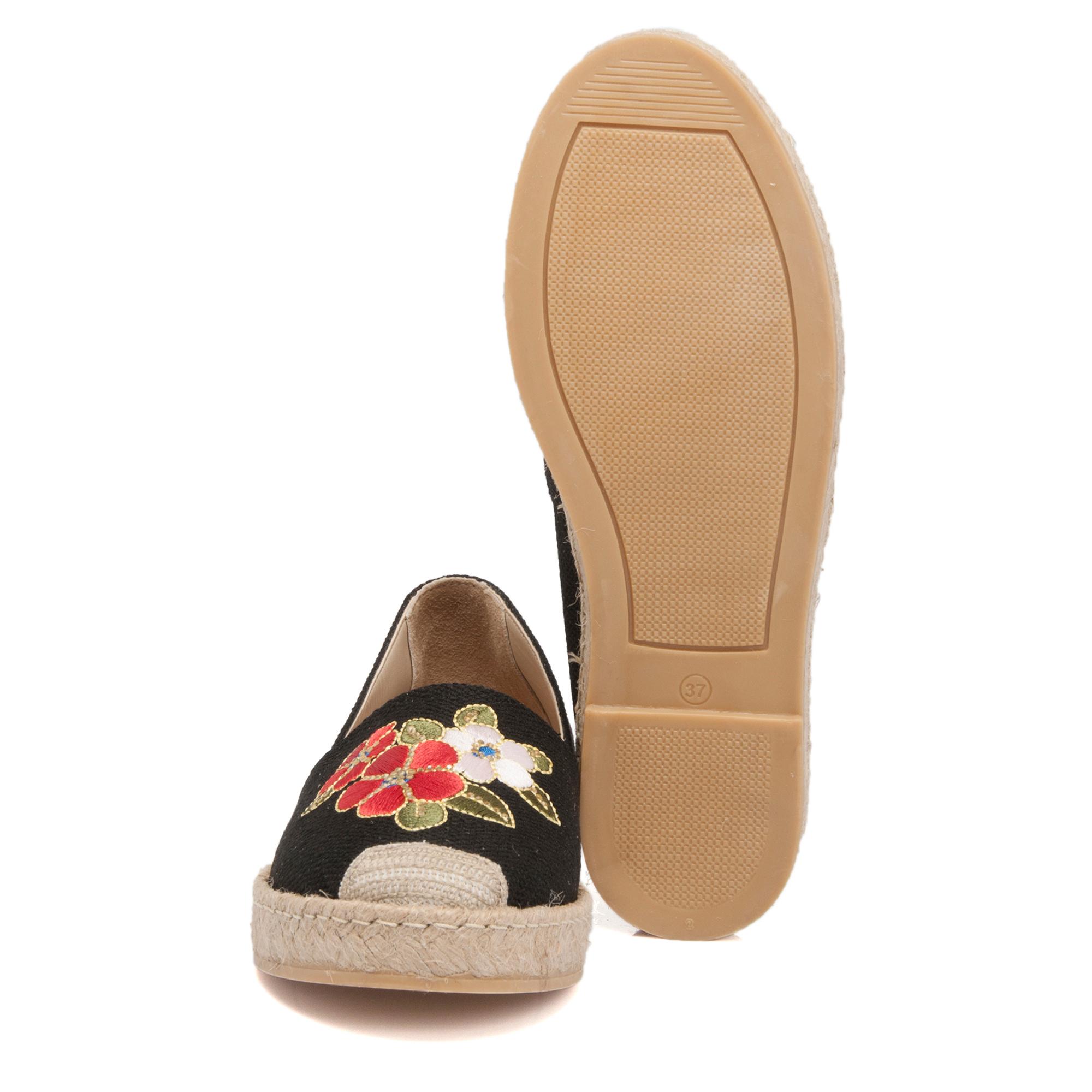 Siyah Tekstil Kadın Ayakkabı 64213B11
